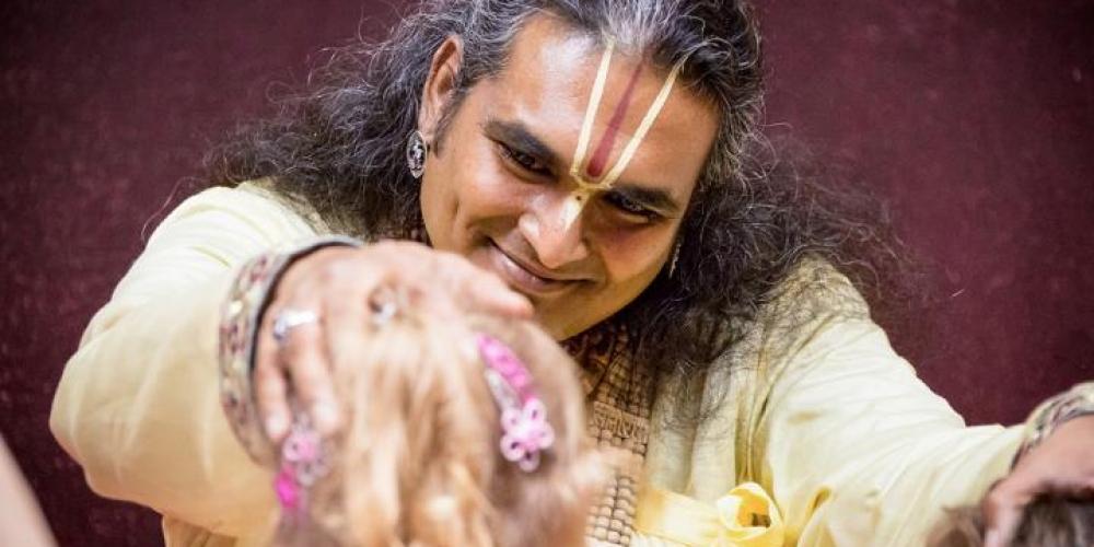 darshan-paramahamsa-vishwananda-03